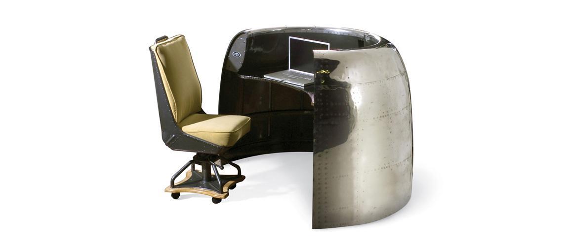 Dc 6 Cowling Airplane Desk Motoart
